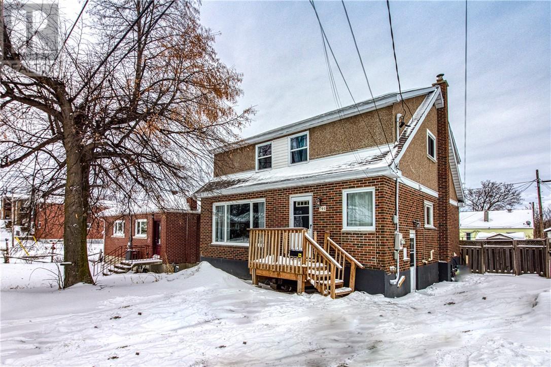 701 Connaught Avenue, sudbury, Ontario