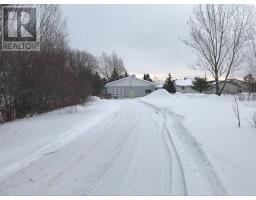 70 B Hector Street, st. charles, Ontario
